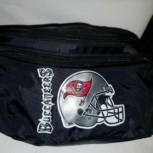 NFL Tampa Bay Buccaneers Vinyl Fanny Pack NWOT